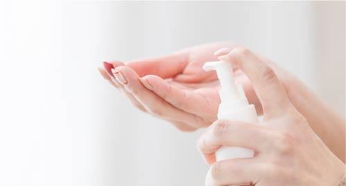お客様への手指消毒の奨励(原則、エタノールを使用)